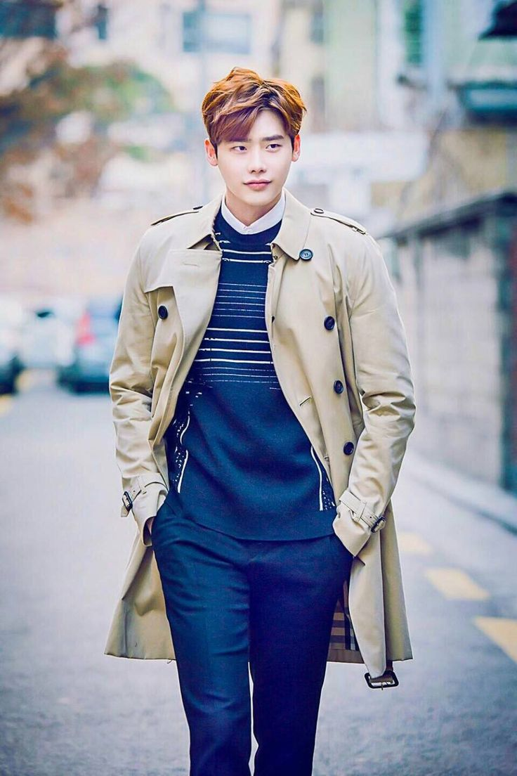 Lee​ Jong Suk - Burberry Trench 2016