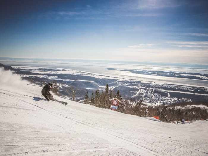 Mont-Sainte-Anne | Credit:  Olivier Croteau - Skiing close to the city
