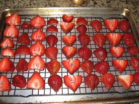 Hylan & Emily's Blog O' Life: Nature's Candy: Oven Dried Strawberries