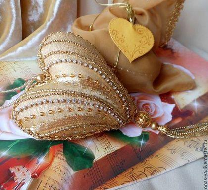 Подарки для влюбленных ручной работы. Ярмарка Мастеров - ручная работа. Купить МУЗЫКА СЕРДЦА интерьерная подвеска. Handmade. Золотое сердце