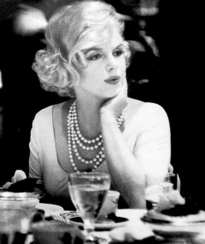 Marilyn Monroe photographed by Manfred Kreiner ~ 1959