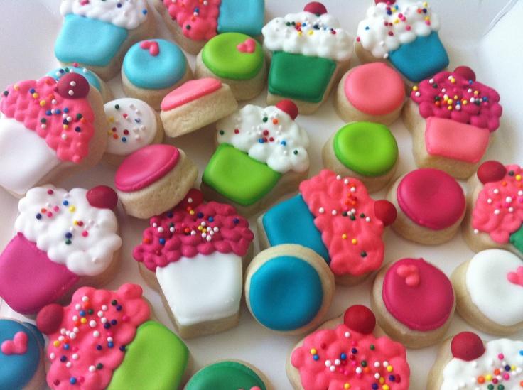Mini Cupcake Cookies - HayleyCakes and Cookies