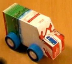 un tipo de coche que se puede hacer para el trabajo de tecnologia