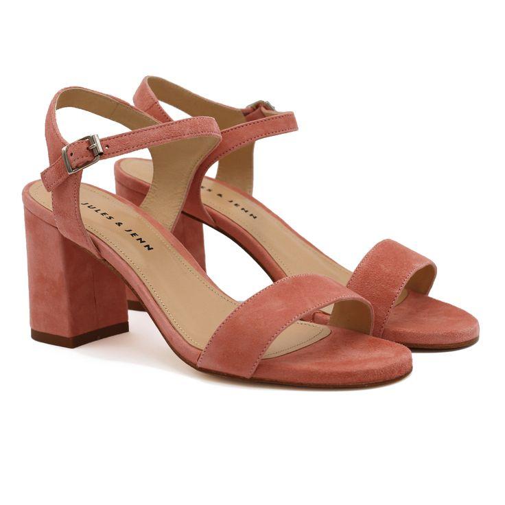 Sandales à talon en cuir daim Rose JULES & JENN. Talon 7cm. Fabriquées main au Portugal. Finitions artisanales. Style intemporel et chic au prix juste