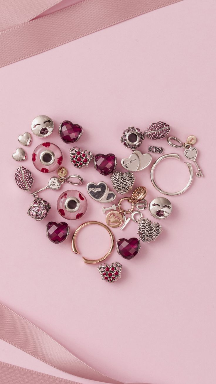 Create loving messages this Valentine's Day with the beautiful charms from the new PANDORA Valentine's collection! Which piece is your favourite?