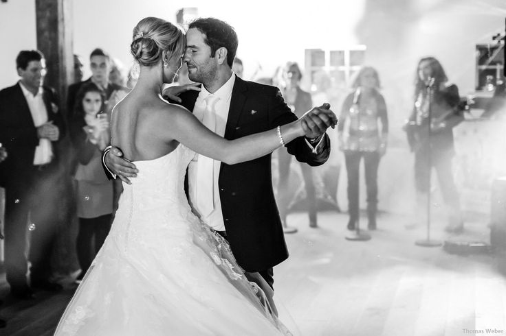 This was a very emotional and romantic first dance on a beautiful wedding. Instagram: https://www.instagram.com/phothomas.de/ #firstdance #romance #love #weddingparty #bride #groom #weddingdress #hochzeitskleid #bridebook #marriage #party #celebration #phothomas #photographer #wedding #oldenburg #rastede #bremen #fotograf #hochzeit #hochzeitsfotograf #weddingphotographer #thomasweber #germany