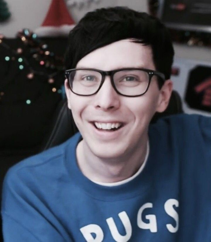 "HAPPY BIRTHDAY PHIL!!!!!!! I love Phil soo much and I know these have been said a thousand times, but he is one of the nicest people on earth and his ""always-positive"" and optimistic attitude brings me so much joy!!!! HAPPY BIRTHDAY TO PHIL LESTER WHO TRULY IS AMAZING!!!!!"
