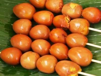 Sate Telur Puyuh - Simak panduan rahasia cara membuat video resep sate telur puyuh kecap bumbu kuning ala angkringan pindang soto kudus diah didi medan paling enak disini.