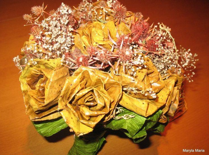 jesienny bukiet - róże z liści / autumn bouquet - roses with leaves