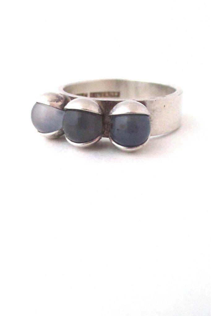 Elis Kauppi '3 pale spheres' ring