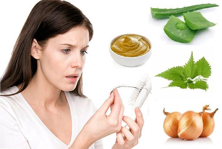 Лучшие домашние рецепты масок против выпадения волос сделают ваши волосы вновь густыми, а зная причины выпадения волос научитесь бороться с этой проблемой.