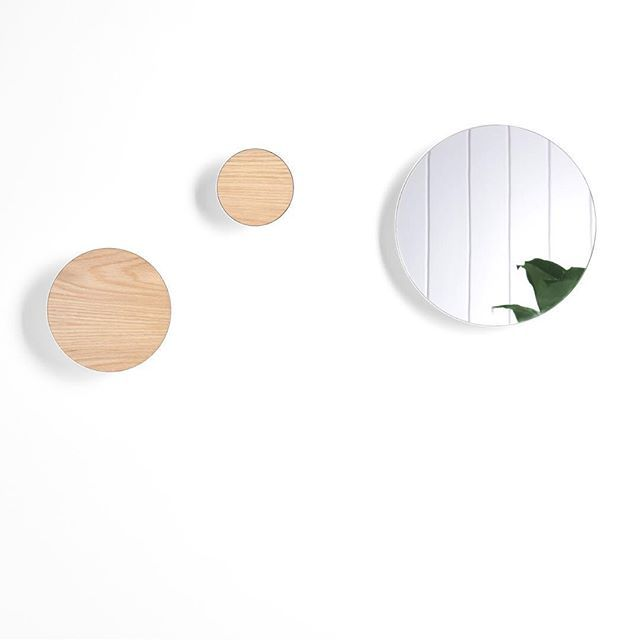 Halo is a collection of spun aluminium circles that can be fixed to the wall or door as feature hooks. How do you want to use them – mirror, pinboard, coat hook, or something else? Three sizes and a range of finishes means Halo is created by you.