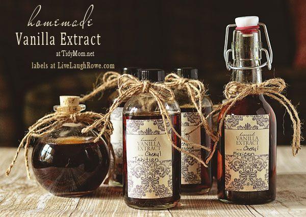 Homemade Vanilla Extract recipe and free printable label at TidyMom.net