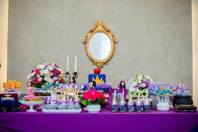 Decoração de festa de aniversário tema 'Descendentes' - Dicas na Internet