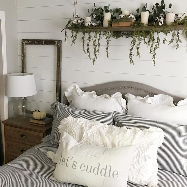 """1,141 Likes, 146 Comments - Sarah (@dreamingofhomemaking) on Instagram: """"Nothing better than being in your own bed after going out of town! . . Hopefully Monday treated you…"""""""
