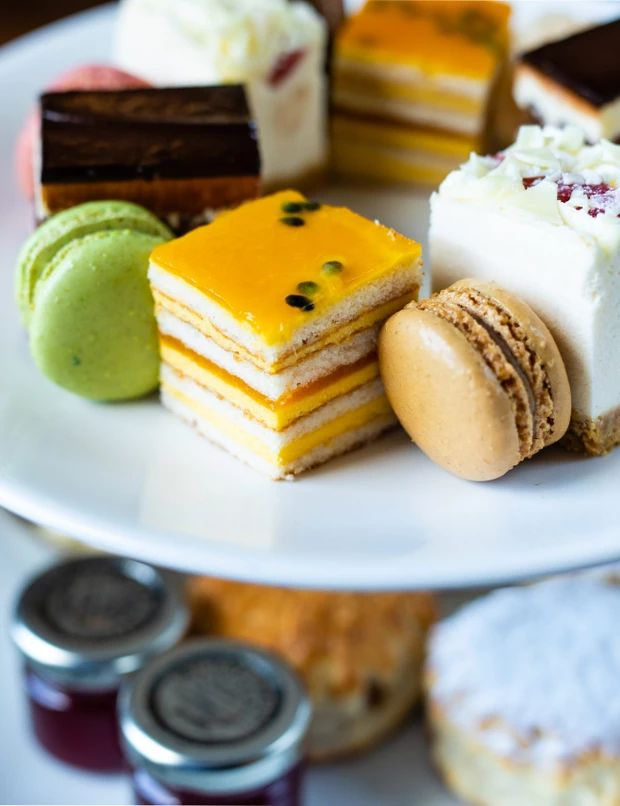 Afternoon Tea at Abbey Hotel Bath Ice Cream Pies, Easy Baking Recipes, Chocolate Cupcakes, Treat Yourself, Foodie Travel, Afternoon Tea, Travel Destinations, Europe, Lovers