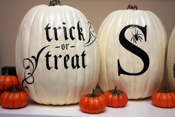 Black & White Pumpkin Tutorial | a.steed's.life