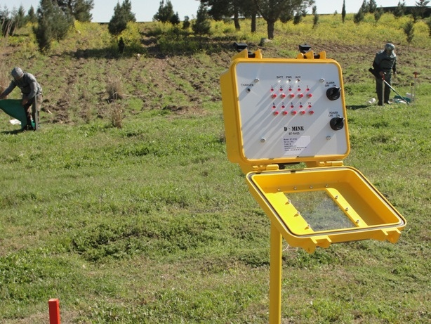 Mine clearance in Azerbaijan by UNDP in Europe and Central Asia, via Flickr
