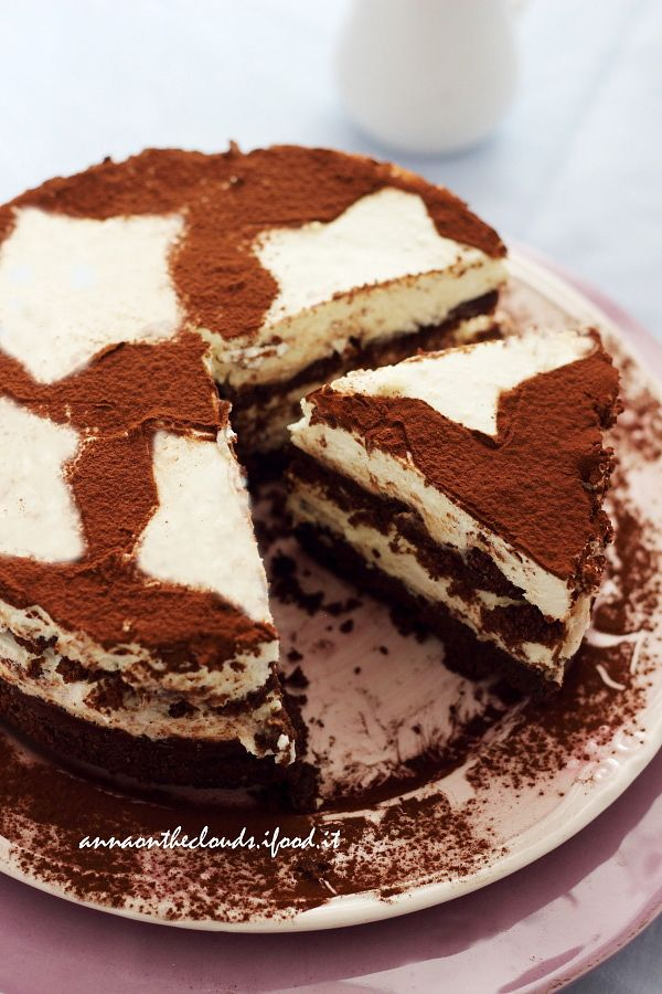 La torta che tutti amano, perfetta per festeggiare qualsiasi occassione e che conquisterà chi amate. Facile,veloce e irresistibile!