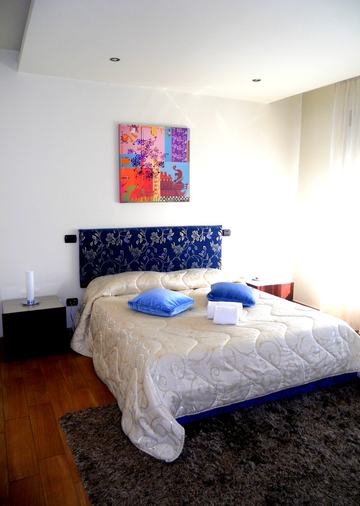 Queen bed size