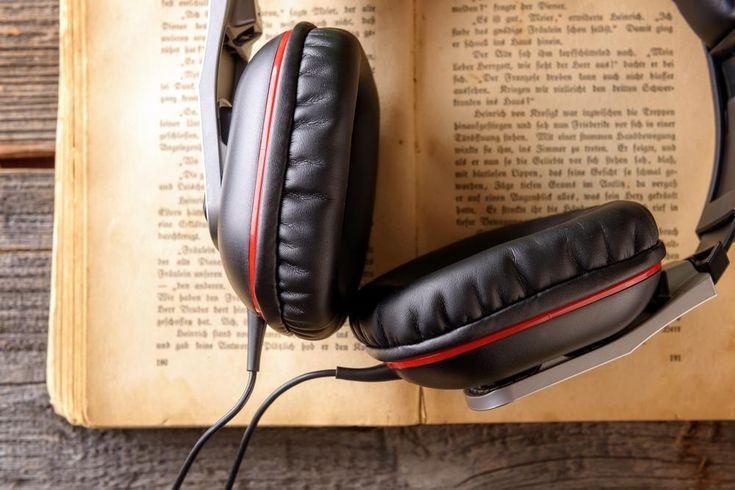 16 websites for free audio books