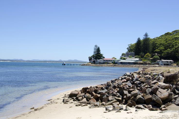 Shoal Bay Beach. Shoal Bay Road, Shoal Bay, Port Stephens. Calm waters, perfect for families and children. Within walking distance of a great selection of shops, restaurants and cafes. #portstephens #shoalbay