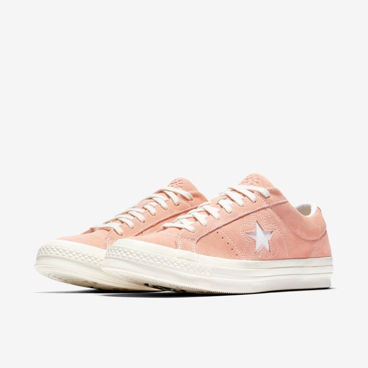 What do y'all think of the pink colorway of the Golf Le Fleur Converse?