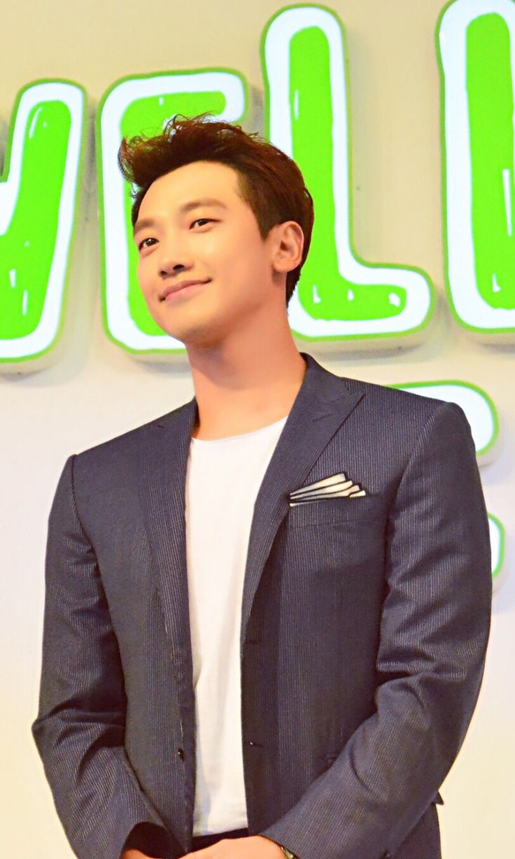 [51 images][6 fan cams][1 clip] Rain at the WellcareFIT press event & interview in Shanghai. (8/28)