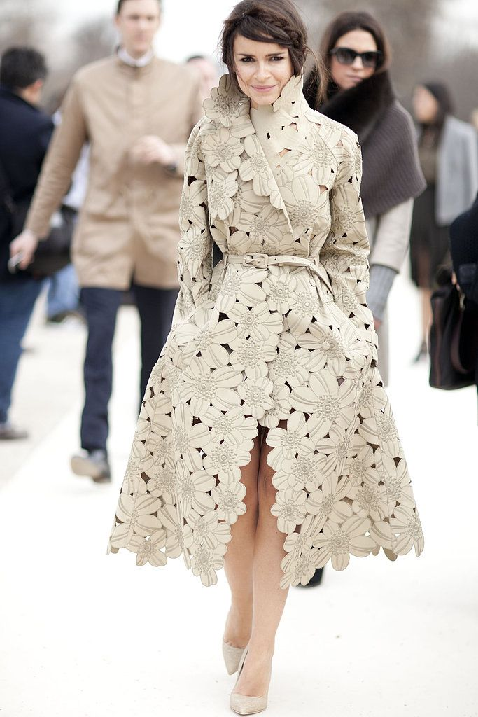 Gourgoeus!!! Miroslava Duma showcased a total statement piece with this cutout floral trench.