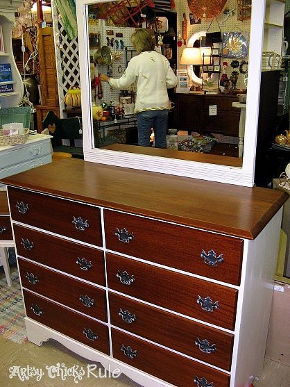 Best Old Scratched Beat Up 35 Mahogany Dresser Vibrant 400 x 300