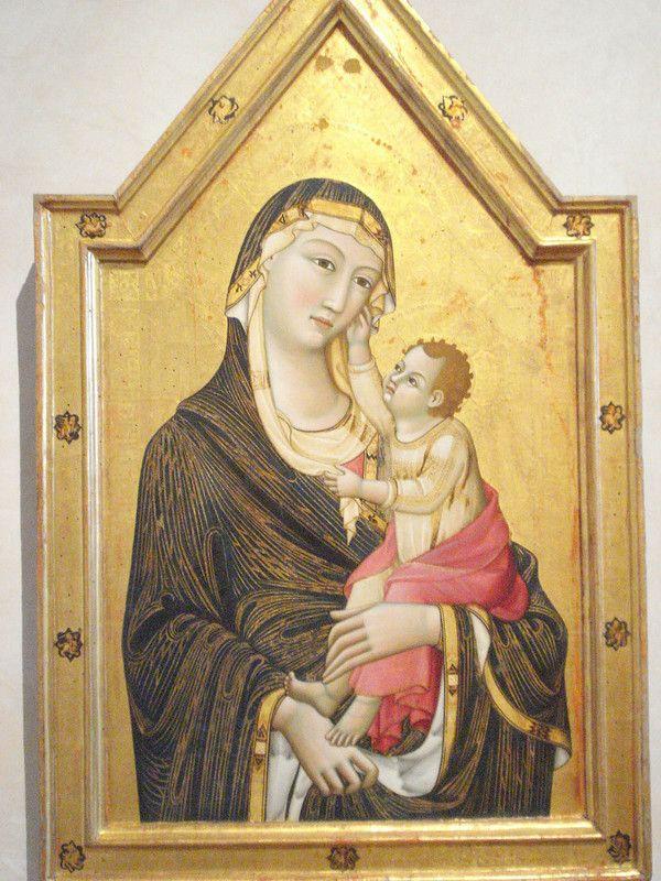 007-Богородица с Младенцем (Мео ди Гвидо ди Сиена, 1325-30).jpg