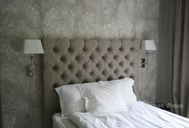 Excellent tutorial on how to make the lovely headboard! You will have to translate from Norwegian.