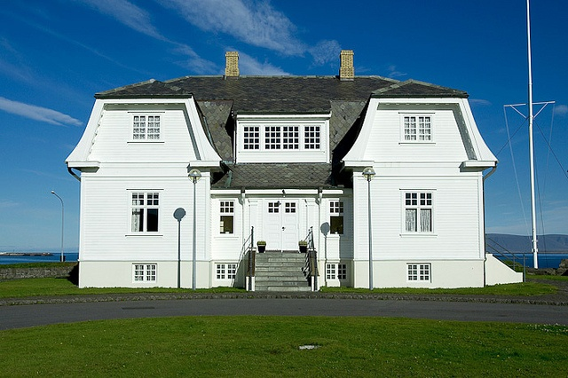 Check out the historic Höfði house in Reykjavik. It was the location for the Reykjavik Summit meeting of Ronald Reagan and Mikhail Gorbachev in 1986. #Reykjavik #Iceland