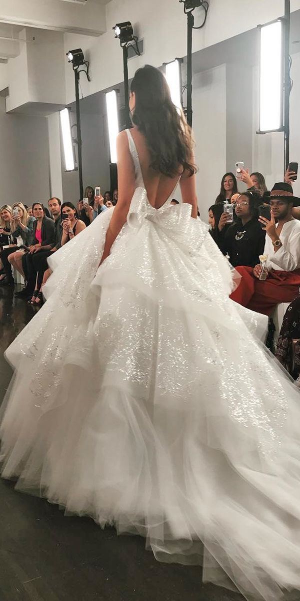 Wedding Dresses Fall 2020 See The New Trends In 2020 Bow Wedding Dress Wedding Dresses Ball Gown Wedding Dress,Lace Beach Boho Wedding Dress