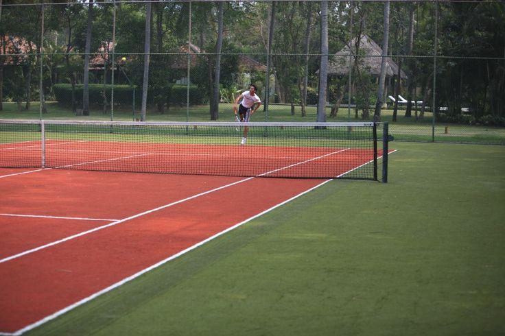 Tennis Court at Evason Hua Hin, Thailand. http://www.sixsenses.com/evason-resorts/hua-hin/experiences