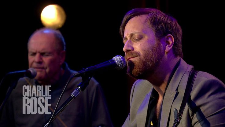 """Dan Auerbach performs """"Stand By My Girl"""" (June 21, 2017) 