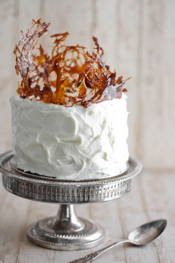 Caramelized cake topping