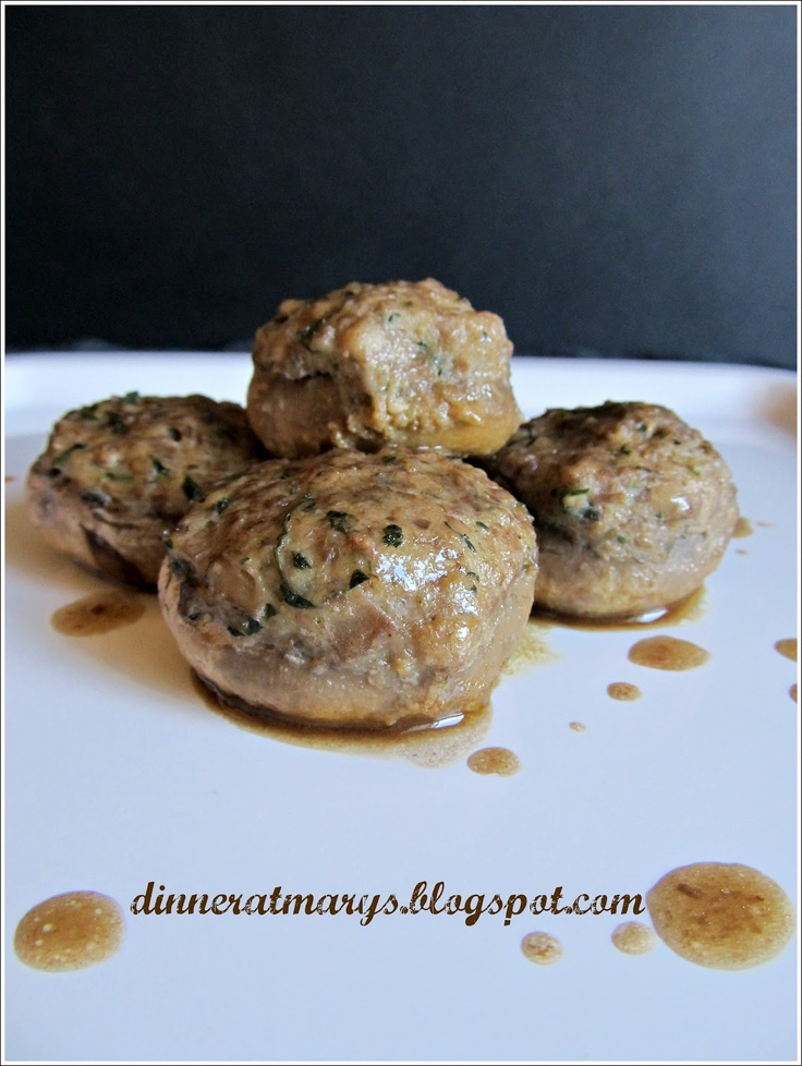 Stuffed champignons