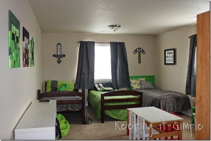 Keeping it Simple: Minecraft Boy's Room Décor Idea: Large Wood Minecraft Characters