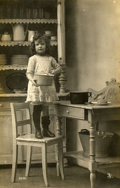 Child in the kitchen | Flickr - Photo Sharing!