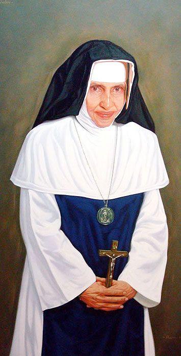 """Irmã Dulce  -1914-1992 –    O Anjo Bom da Bahia,   aos 7 anos ficou órfã de mãe, Aos 13 anos  atendia os necessitados  na sua  casa, conhecida como """"A Portaria de São Francisco"""". Aos 19 anos,  """"Maria Rita"""" -  nome de batismo -  , entrou para a Congregação  Missionárias da Im.    Mãe de Deus, Sergipe, recebendo  o hábito de freira e  o nome de irmã Dulce, homenagem à sua mãe.  De corpo franzino e saúde precária, nos mais de 50 anos  criou instituições, destacando-se o Hosp.  Sto Antônio,"""