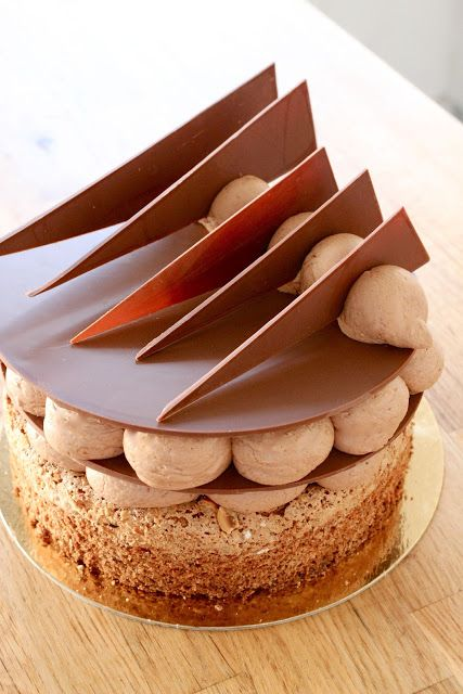 Douceur Chocolat : a rustic Nut Brown Hazelnut Dacquoise base with a hidden Milk Chocolate Feuilletine & Praline crispy layer surprise & creamy, light Chocolate Mousse...♡