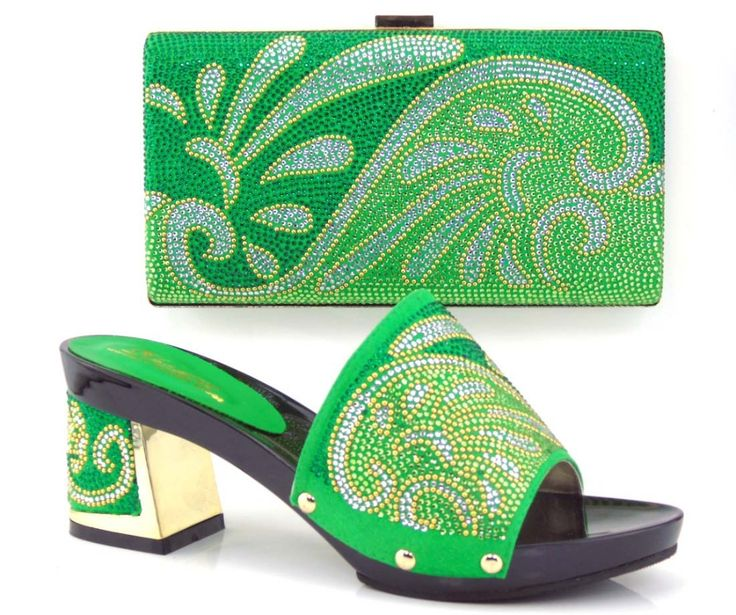 66.22$  Buy here - http://aliwta.worldwells.pw/go.php?t=32781022562 - Italian Party Shoes And Matching Bag Set With Rhinestones Sandal Fashion Ladies Wedding Shoes And Bag To Match TT23 66.22$