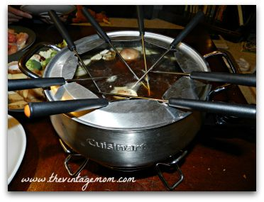 Fondue is an simple, easy, and frugal way to sit back and enjoy a conversation with your date. Here is a recipe for a fondue date night!