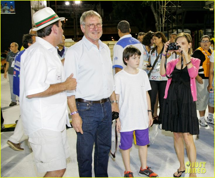 Harrison Ford & Family Vacation After 'Star Wars 7' News!
