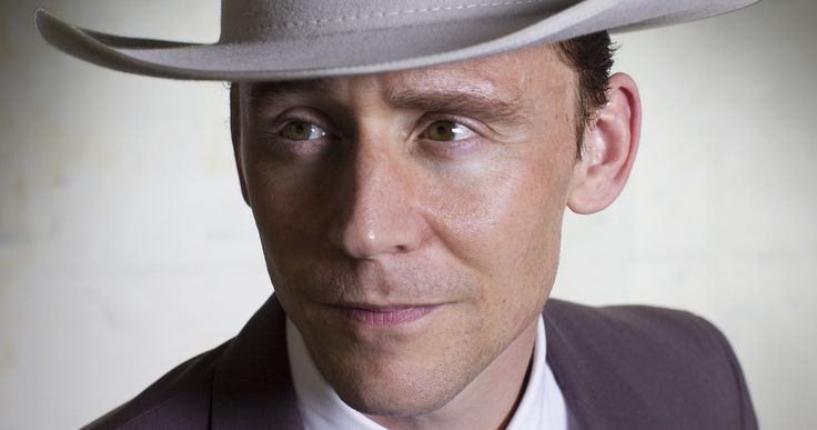 First Look at Tom Hiddleston as Hank Williams in 'I Saw the Light' -- Tom Hiddleston portrays legendary country singer Hank Williams in the highly-anticipated biopic 'I Saw the Light', in theaters November 27. -- http://movieweb.com/i-saw-light-movie-photo-tom-hiddleston-hank-williams/