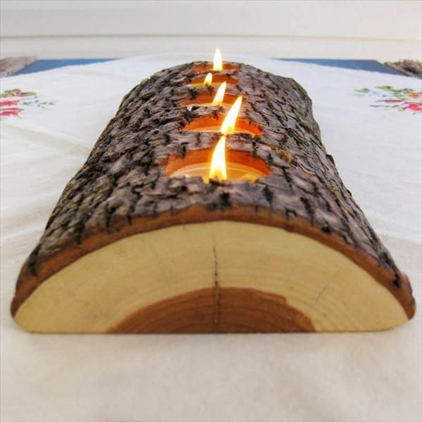 Half Cut #Wood Log #Candle #Holder - 7 Inspiring DIY Wood Log Projects | DIY Recycled
