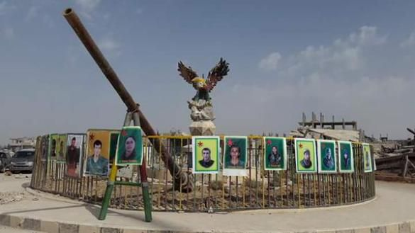 SYRIA and IRAQ NEWS: #Syria #Rojava Update 142 - USA Still Dithering Over Whether to Support the YPG, While Acknowledging It's the Best Fighting Force Against IS. *For More #Iraq and #Syria News ...* http://www.petercliffordonline.com/syria-iraq-news-5 https://www.youtube.com/watch?v=44rA8zME8mo Video: The Story of the Syrian Yogurt Billionaire Who Helps Refugees: