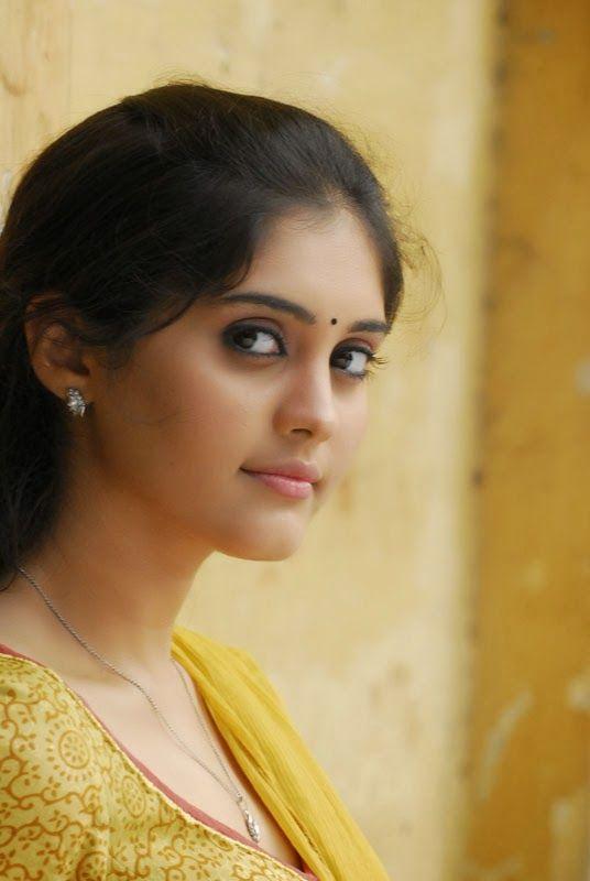 Actress Surabhi Biography | Surabhi Personal Profile | Surabhi