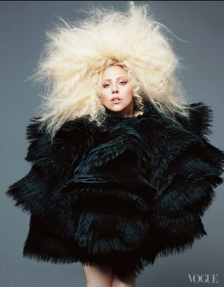 Леди Гага (Lady Gaga) для Vogue US. Фотографы Мерт Алас и Маркус Пиггот (Mert Alas & Marcus Piggott)